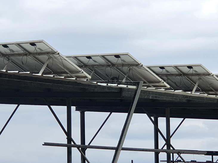 התקנת גגות סולאריים על סככה חקלאית